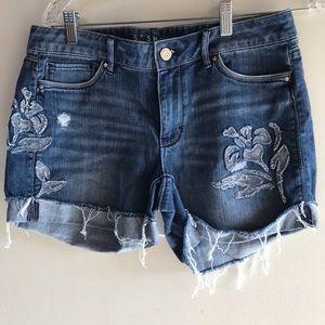 White House black market jean denim shorts size 8